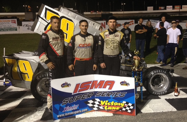 Eddie Witkum Jr Ben Seitz Jon McKennedy pose in victory lane after ISMA Ollie Silva Memorial at Lee USA Speedway
