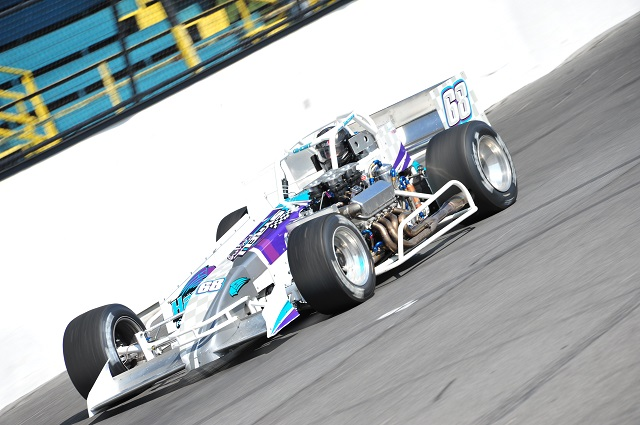 Michael Barnes flies to pole of Oswego Speedway International Classic 200 2015